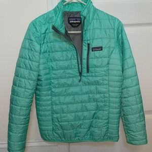Packable Patagonia puffy jacket